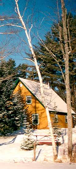 Chalets des pins locations de chalets sur le lac for Loca meuble montreal nord