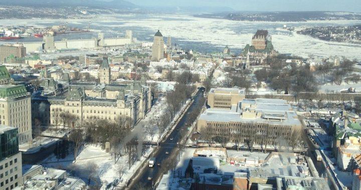 Québec en hiver : Carnaval de neige, Hôtel de glace, Train de Charlevoix, Quartier Petit Champlain, Château Frontenac et le Parc de la Chute-Montmorency